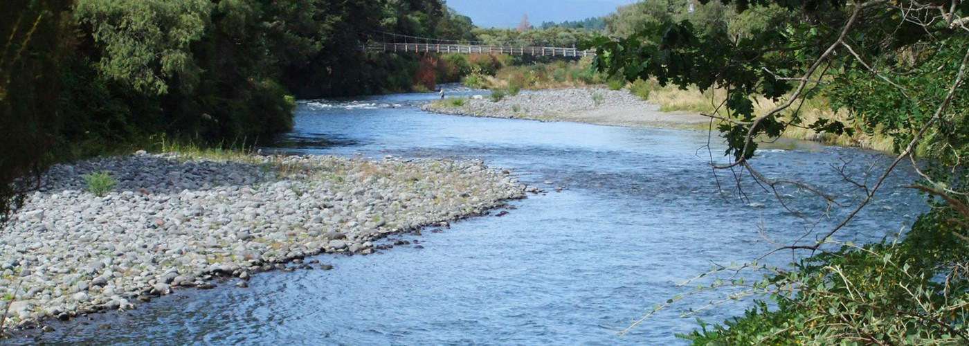 Luxury lodges of fishing holiday home tongariro river for Colorado fishing lodges